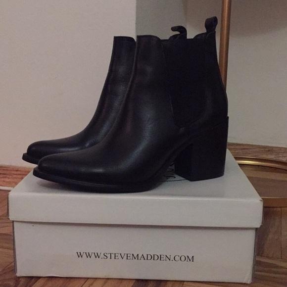 "03027d676f3 Steve Madden ""Pistol"" boots size 10. M 5bf8a7f7baebf690818c910a"